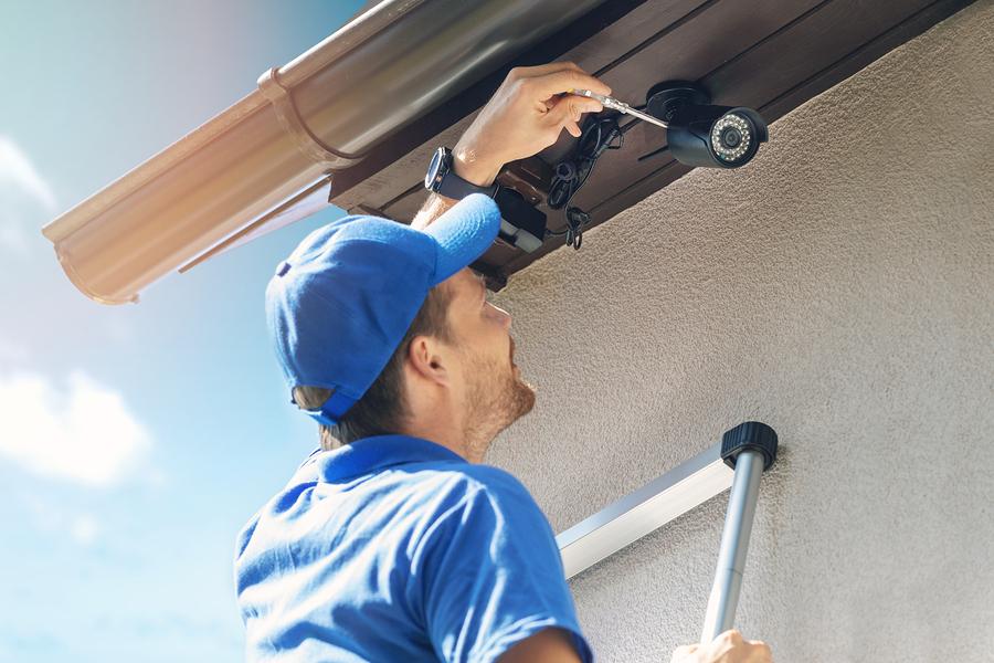 professional outdoor repairs maintenance