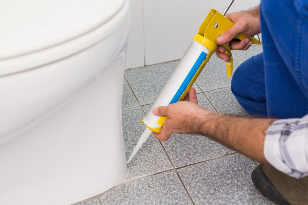 affordable handyman sealing toilet